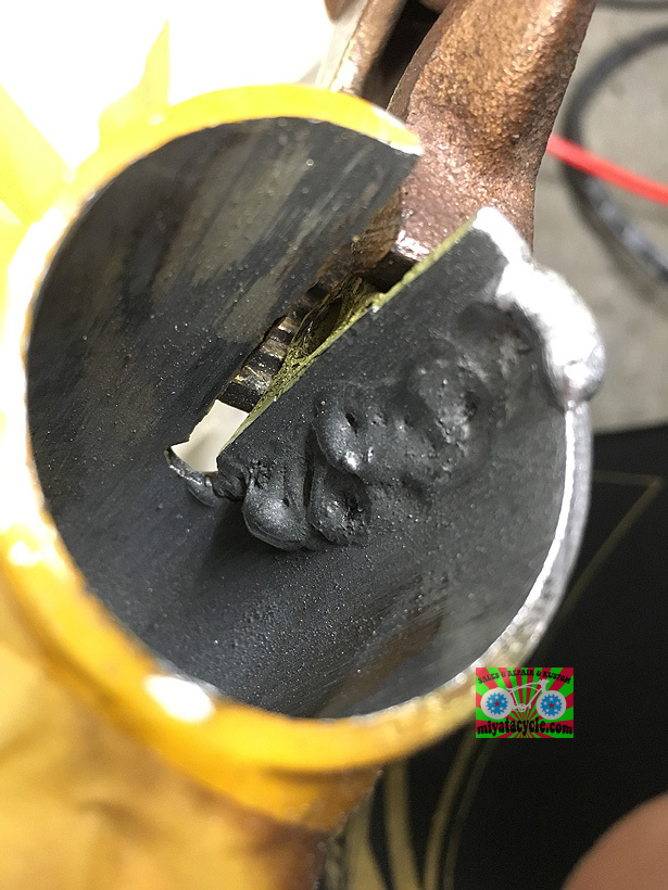 アルミフレームの修理_e0126901_07212784.jpg