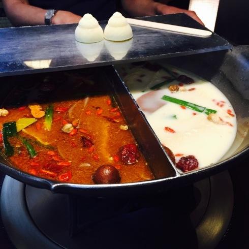 台北旅行 16 大人気の「無老鍋」の火鍋を食べる!_f0054260_05153690.jpg