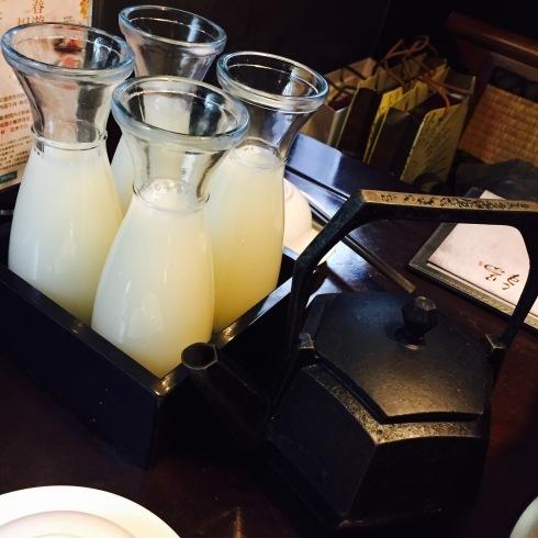 台北旅行 16 大人気の「無老鍋」の火鍋を食べる!_f0054260_05172250.jpg