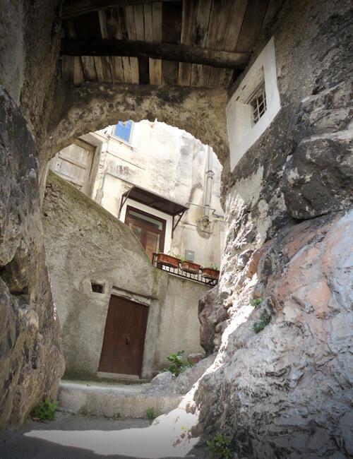 モラーノ・カラブロ2. 天空の城のてっぺんを取れ!!_f0205783_21352421.jpg