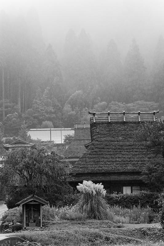 雨の里景色@美山茅葺きの里_f0032011_20393577.jpg