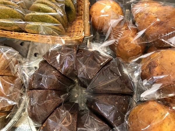 今日はハシバミさんの焼き菓子day♪_b0100229_10261720.jpg