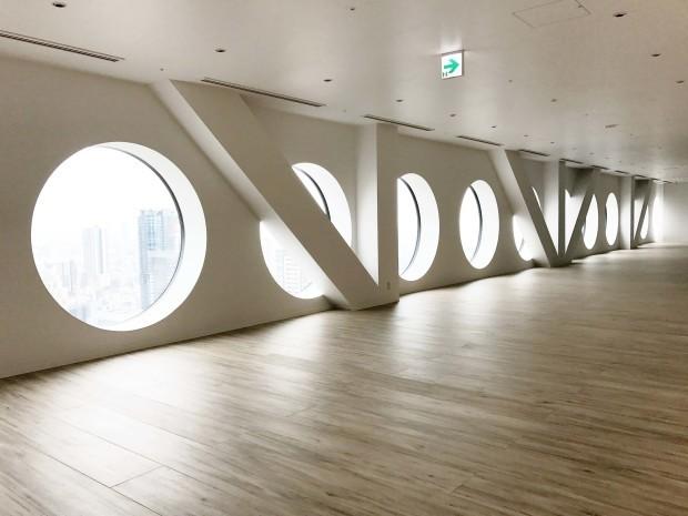 梅田スカイビル・空中庭園展望台開業25周年リニューアルの施工をさせていただきました!_f0300358_11175829.jpg
