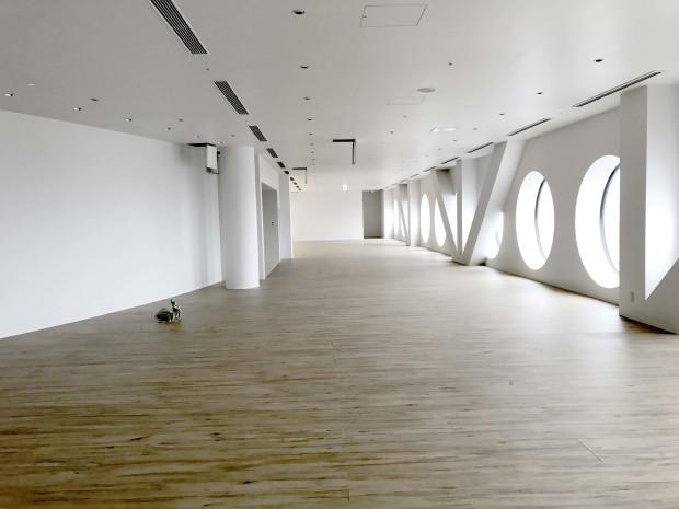 梅田スカイビル・空中庭園展望台開業25周年リニューアルの施工をさせていただきました!_f0300358_11184016.jpg