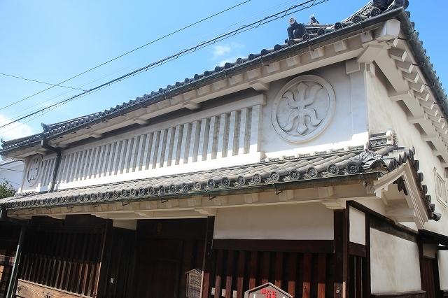 本薬師寺のホテイアオイと今井町ウオーク_b0044663_10164200.jpg