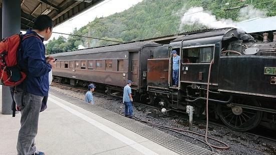 Train Train_f0195579_20375512.jpg