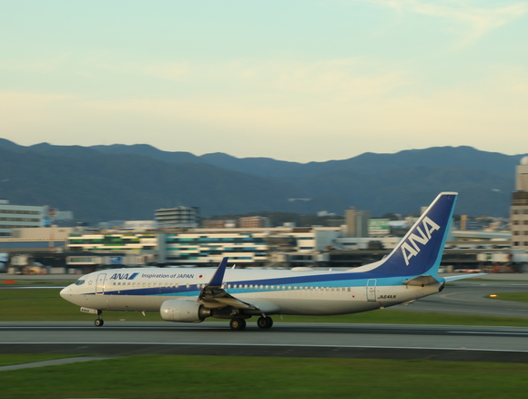 ANAウイングス 737-800 離陸!_d0202264_13255052.jpg