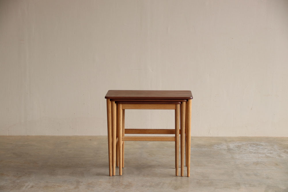 『Nest Table(Walnut&Oak)』_c0211307_16085969.jpg