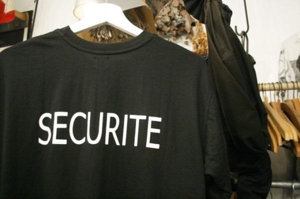 2018 8-9 ヨーロッパ買い付け後記3 人ん家のカレー! 入荷フランス軍M-47パンツ、VETEMENTSネタSECURITE Tシャツ_f0180307_01155702.jpg