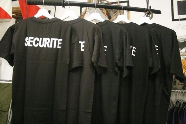 2018 8-9 ヨーロッパ買い付け後記3 人ん家のカレー! 入荷フランス軍M-47パンツ、VETEMENTSネタSECURITE Tシャツ_f0180307_01162478.jpg