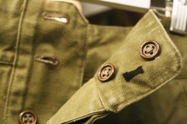 2018 8-9 ヨーロッパ買い付け後記3 人ん家のカレー! 入荷フランス軍M-47パンツ、VETEMENTSネタSECURITE Tシャツ_f0180307_01423800.jpg