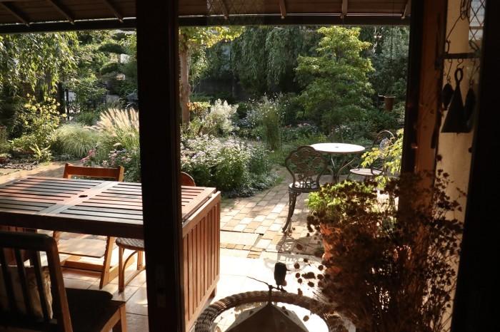 綺麗な庭を。。。ランチで楽しむ_d0150720_18035132.jpg