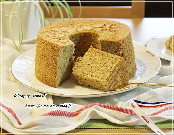 炒飯・からあげ弁当とアールグレイシフォン♪_f0348032_18003493.jpg