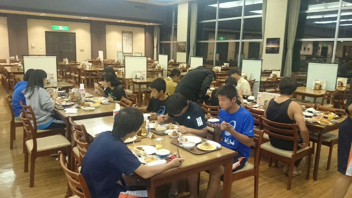 全道大会3日目・夕食 - 旭川龍谷高校 ラグビーフットボール部