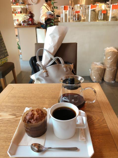 警固カフェ イエナコーヒーさんで休憩♪_f0140145_15080043.jpg