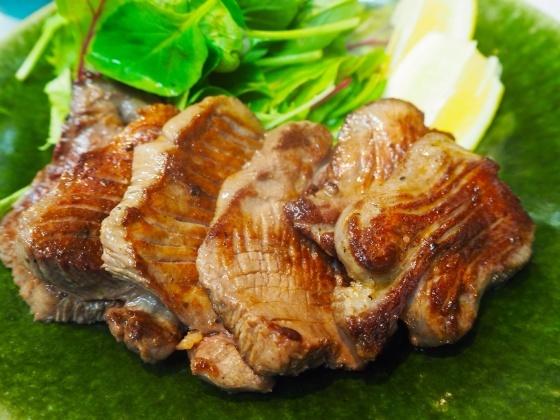 厚切りタン定食_a0258686_07383993.jpg
