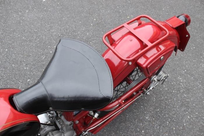 Moto Guzzi Airone Turismo 入荷。_a0208987_12181485.jpg