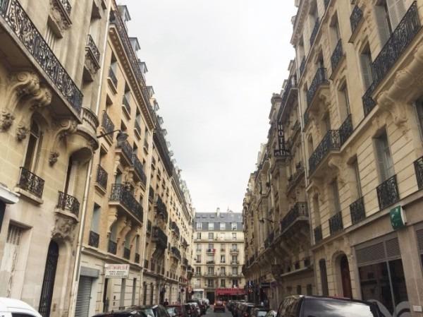 2018 8-9 ヨーロッパ買い付け後記4 パリで昼と夜と同じもの食べる 入荷レディース、ワンピース、ブラウス_f0180307_19560754.jpg