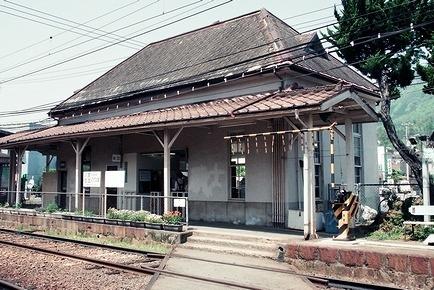 高松琴平電気鉄道志度線 琴電屋島駅_e0030537_18051354.jpg