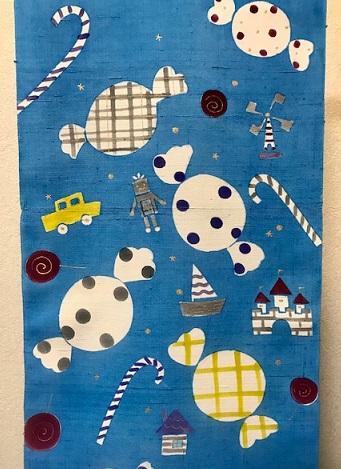 商品紹介・岡田その子さん・綺麗な青色の楽しい型絵染の帯。_f0181251_1653143.jpg