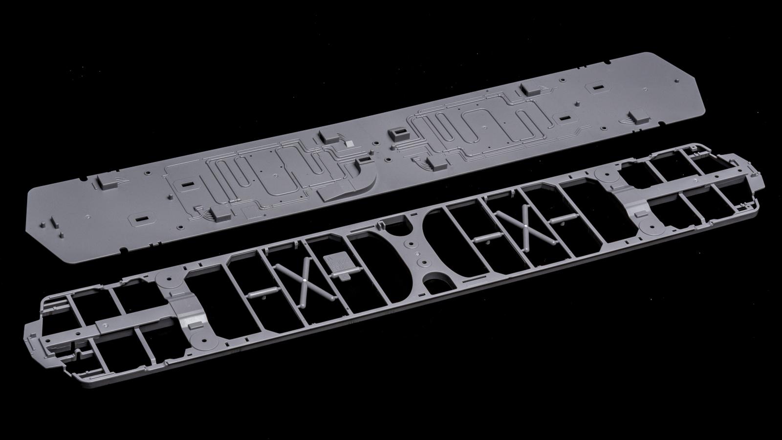 アオシマの放つ「超巨大な電気機関車のプラモデル」、トレミュEF66の細部に迫る【前編】_b0029315_01073340.jpg