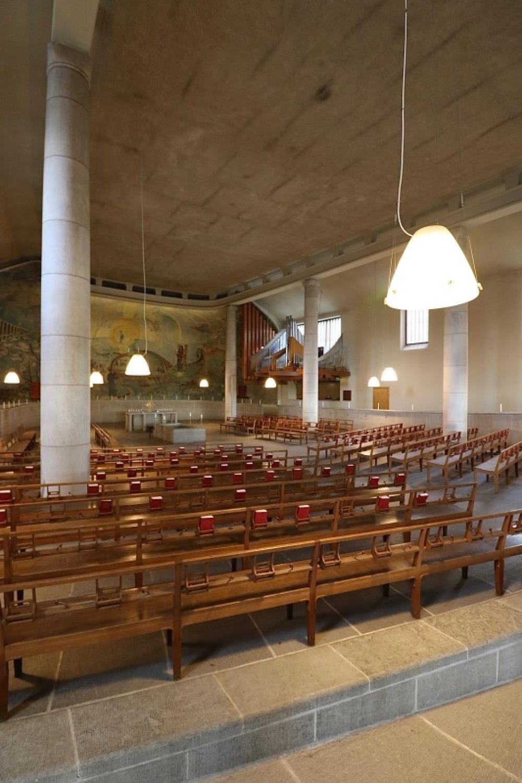 ■北欧近代建築を巡る旅 アールト&アスプルンド 1日目 森の墓地_f0165030_10040021.jpg