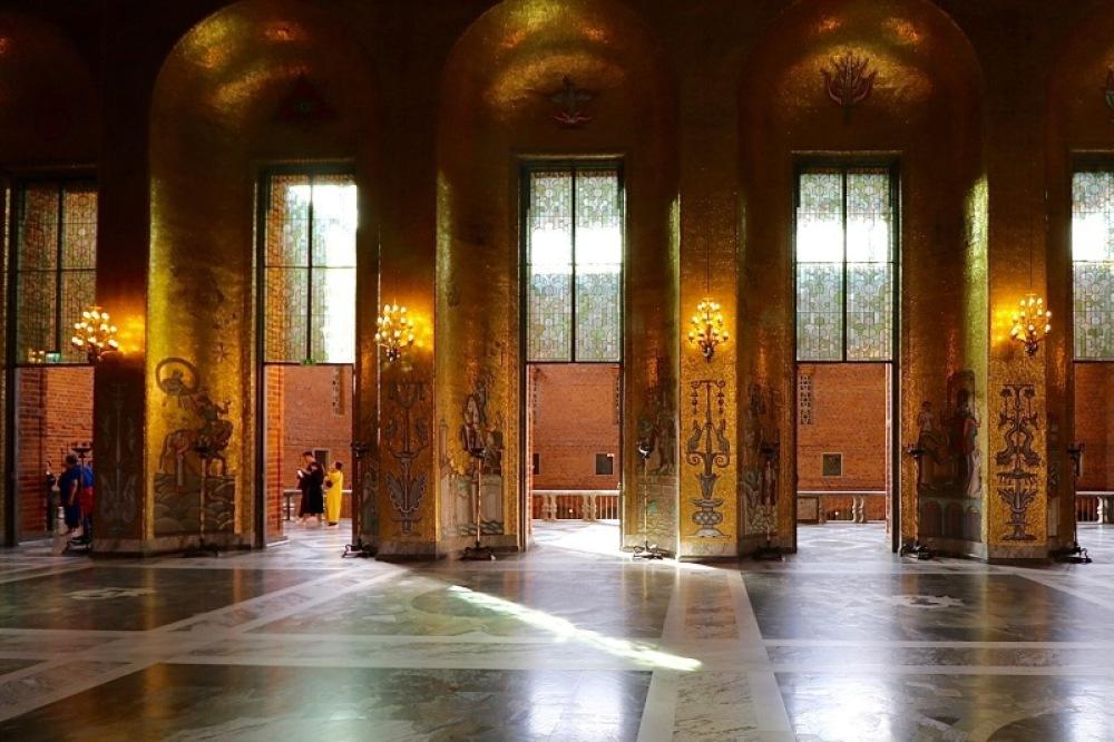 ■北欧近代建築を巡る旅 アールト&アスプルンド 2日目 夏の家・ストックホルム市庁舎_f0165030_12404254.jpg