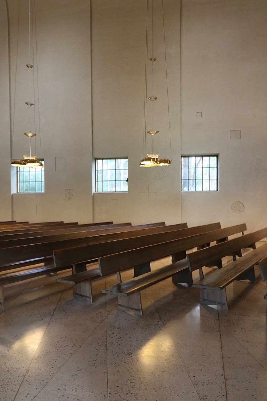 ■北欧近代建築を巡る旅 アールト&アスプルンド 3日目 トゥルクの礼拝堂_f0165030_16353012.jpg