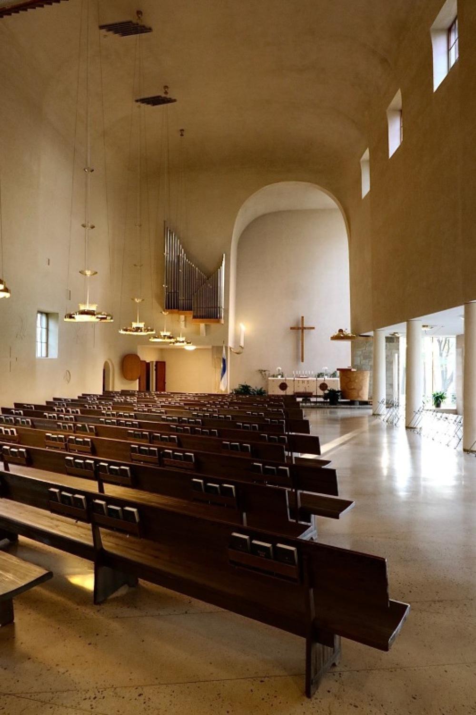 ■北欧近代建築を巡る旅 アールト&アスプルンド 3日目 トゥルクの礼拝堂_f0165030_16353172.jpg