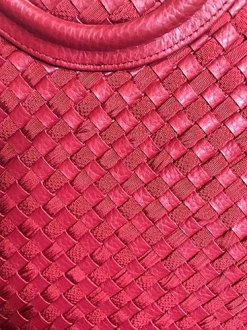 岡田その子・型絵染の帯・パリの地下鉄・赤い元気バッグ_f0181251_15313889.jpg