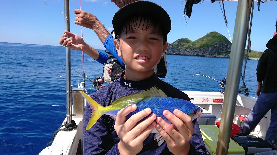 グルクン釣り年に数回..._b0000363_20154396.jpg