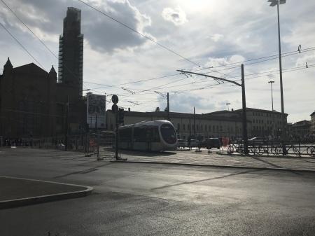 トラム、駅から空港までの線はいつから?_a0136671_00180865.jpeg
