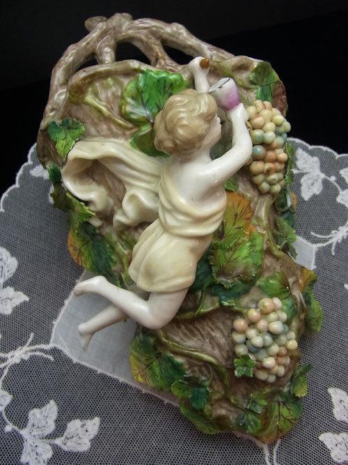 天使と葡萄の花挿し_d0127182_15415948.jpg