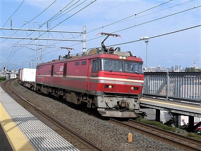 藤田八束の鉄道写真@青い森鉄道と貨物列車の激写・・・貨物列車レッドサンダーと金太郎はかっこいい!!_d0181492_21333796.jpg