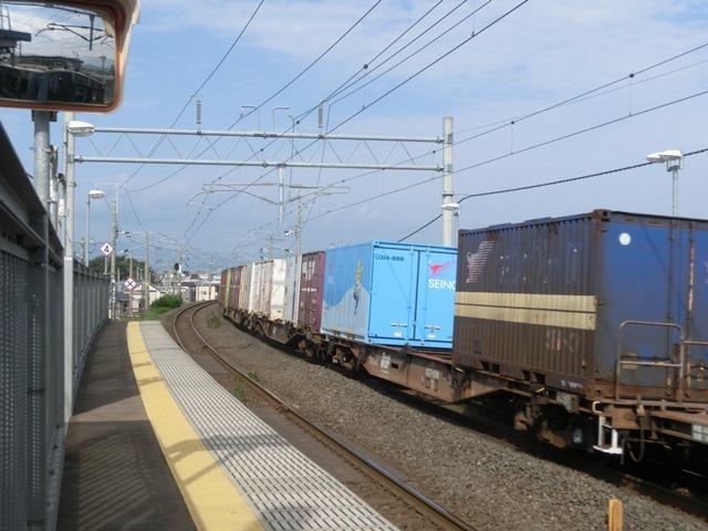 藤田八束の鉄道写真@青い森鉄道と貨物列車の激写・・・貨物列車レッドサンダーと金太郎はかっこいい!!_d0181492_21335116.jpg