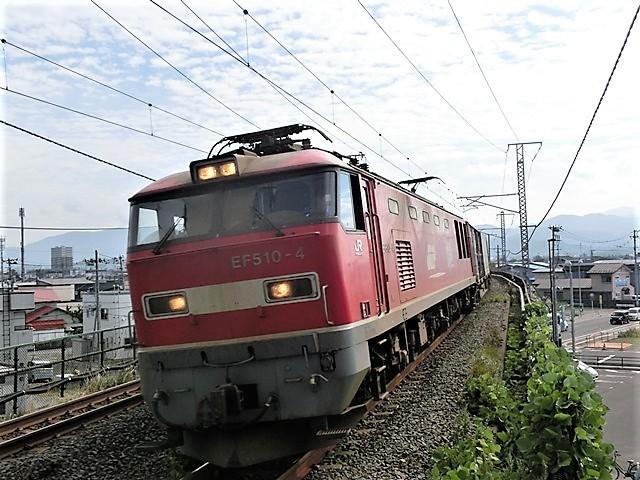 藤田八束の鉄道写真@青い森鉄道と貨物列車の激写・・・貨物列車レッドサンダーと金太郎はかっこいい!!_d0181492_21353671.jpg