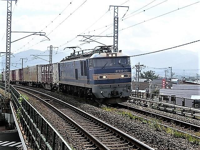 藤田八束の鉄道写真@青い森鉄道と貨物列車の激写・・・貨物列車レッドサンダーと金太郎はかっこいい!!_d0181492_21382993.jpg