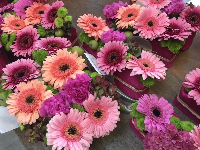 日本人学校 学園祭 でのお花のワークショップ_d0355818_17063226.jpeg