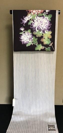 秋にピッタリの菊の染帯と先日仕入れたばかりの縞の御召_f0181251_15403635.jpg