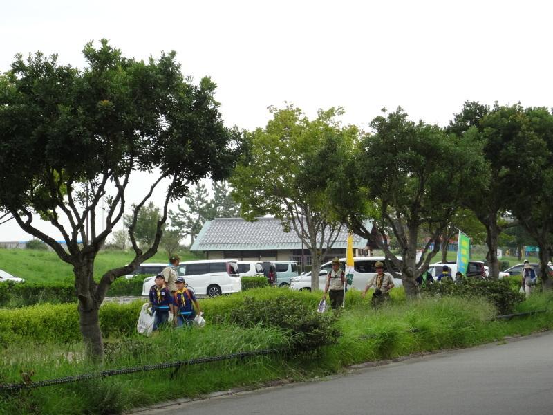 「阪南ボーイスカウト第1団」・・・うみべの森に巣箱設置_c0108460_18252830.jpg
