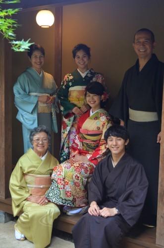 成人式前撮り ご家族お着物で、素敵な笑顔(^-^)_d0230676_16440476.jpg