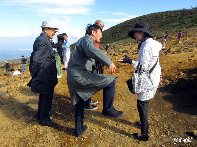 「狩」40周年記念 蔵王バスツアー いよいよお釜へ_f0071480_14554417.jpg