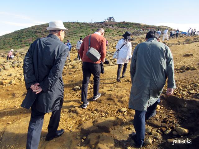 「狩」40周年記念 蔵王バスツアー いよいよお釜へ_f0071480_14554957.jpg
