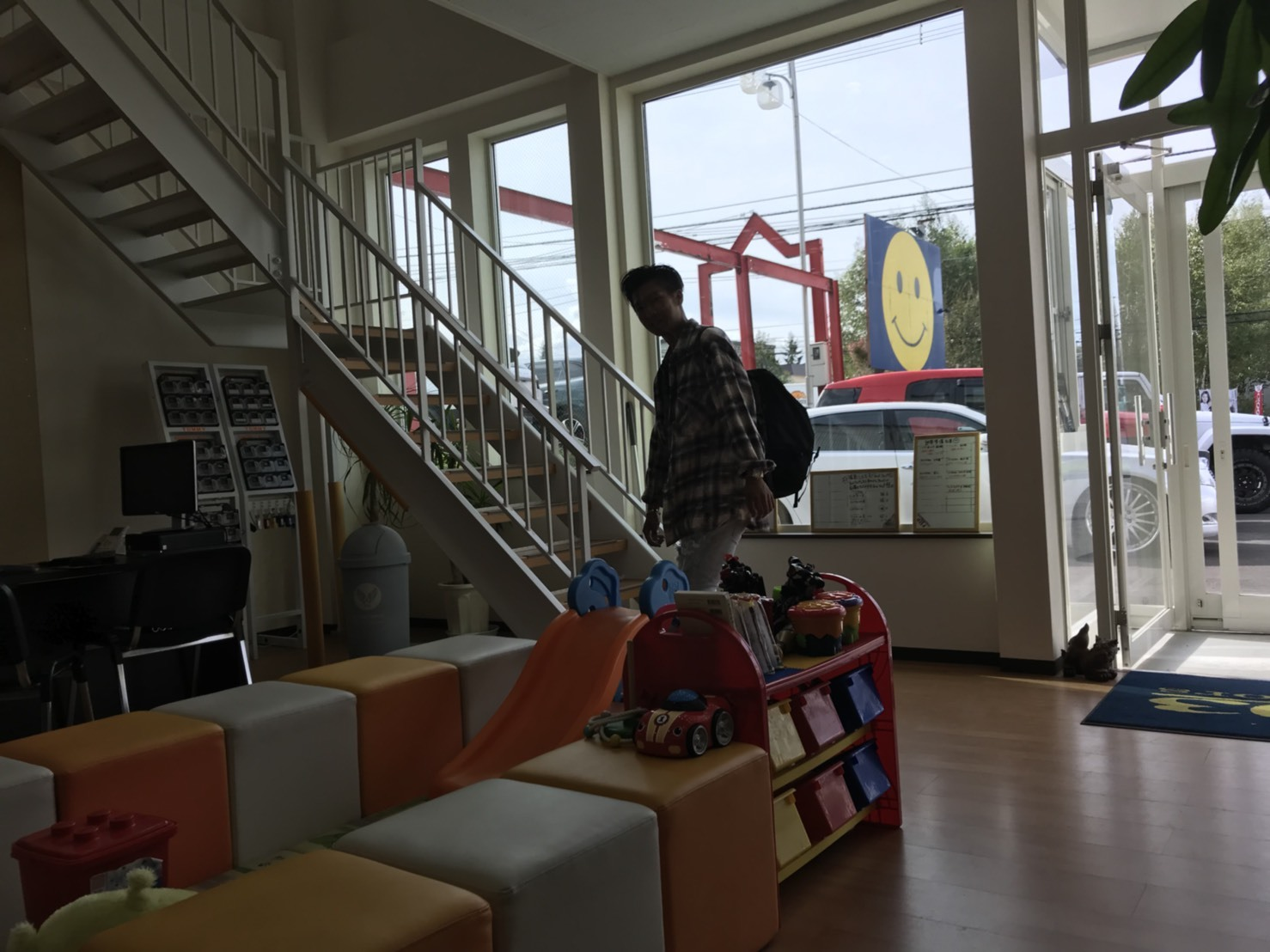 9月25日(火)TOMMY本店ブログ♪ ランクル ハマーアルファード_b0127002_19274150.jpg
