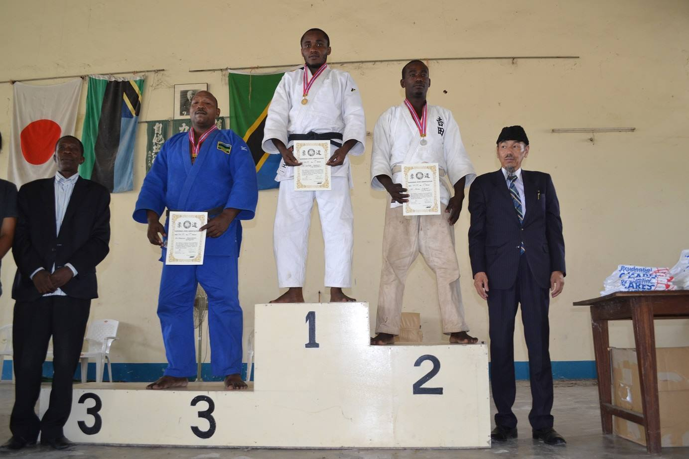 ZANZIBAR WEGHT CATEGORY JUDO CHAMPIONSHIP2018~ザンジバル柔道選手権大会2018_a0088841_10362744.jpg