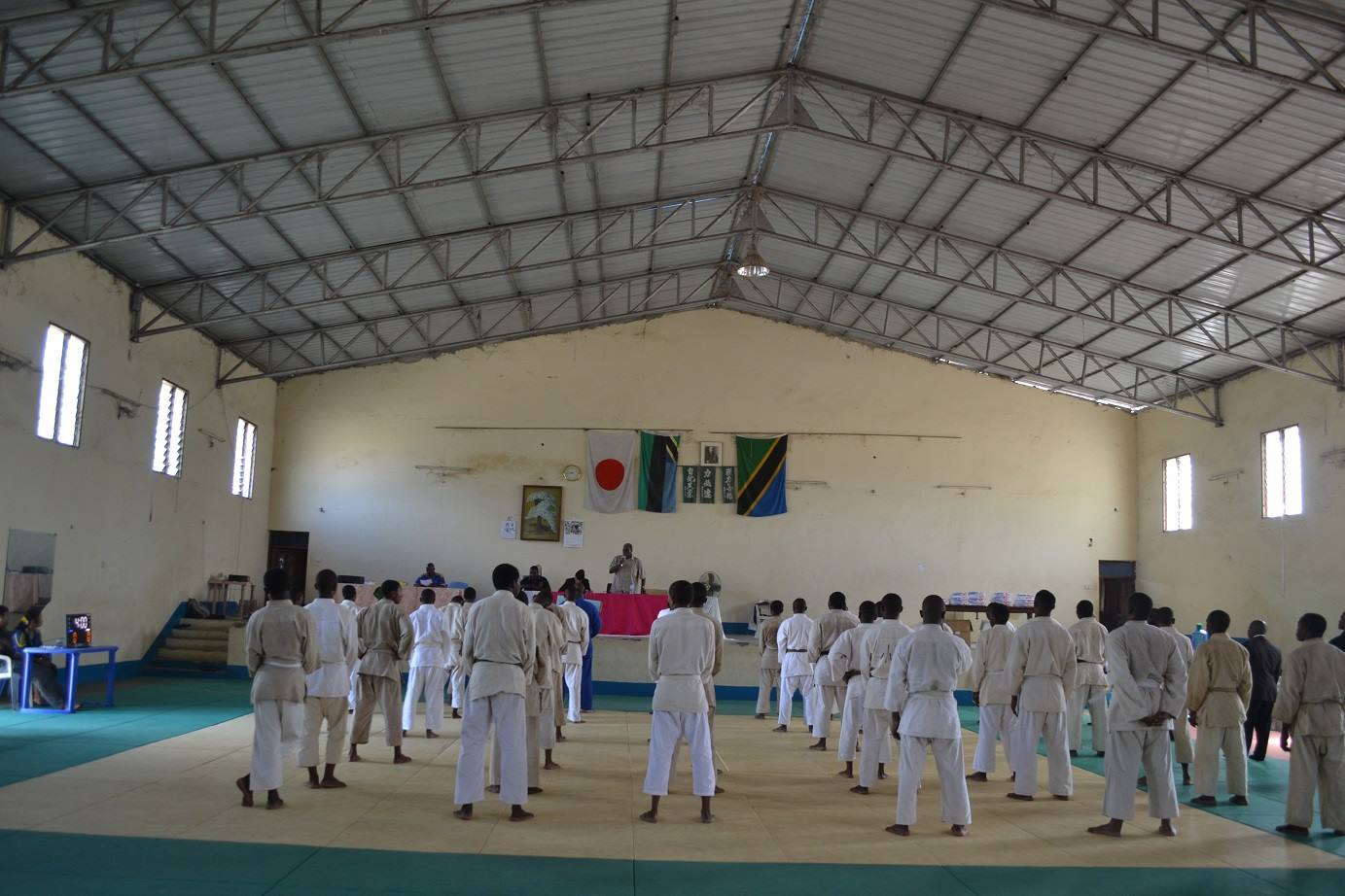 ZANZIBAR WEGHT CATEGORY JUDO CHAMPIONSHIP2018~ザンジバル柔道選手権大会2018_a0088841_10402626.jpg