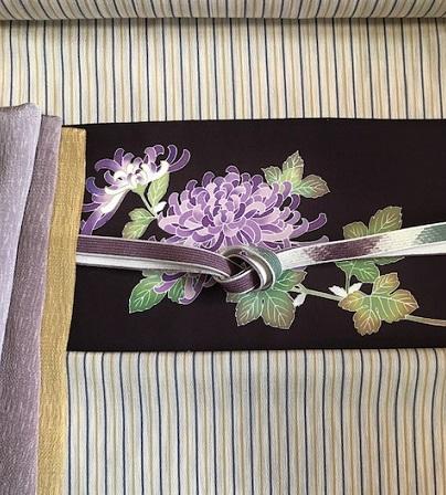 菊染め帯前太鼓+縞の御召+小物コーディネイト・菊の簪。_f0181251_15493810.jpg