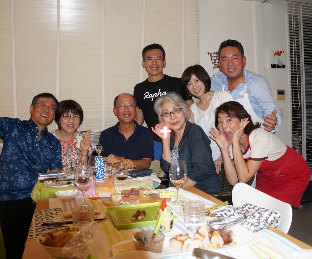 友人たちと横浜のMちゃん家で(9/23)_c0180686_07594396.jpg