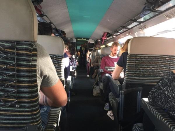 2018 8-9 ヨーロッパ買い付け後記7 リール大蚤の市へ(初) 入荷ブラックシャンブレーコート、スモック _f0180307_17034279.jpg