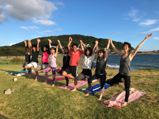 Beach mayu yoga2018 今年もありがとう!_a0267845_17282437.jpg